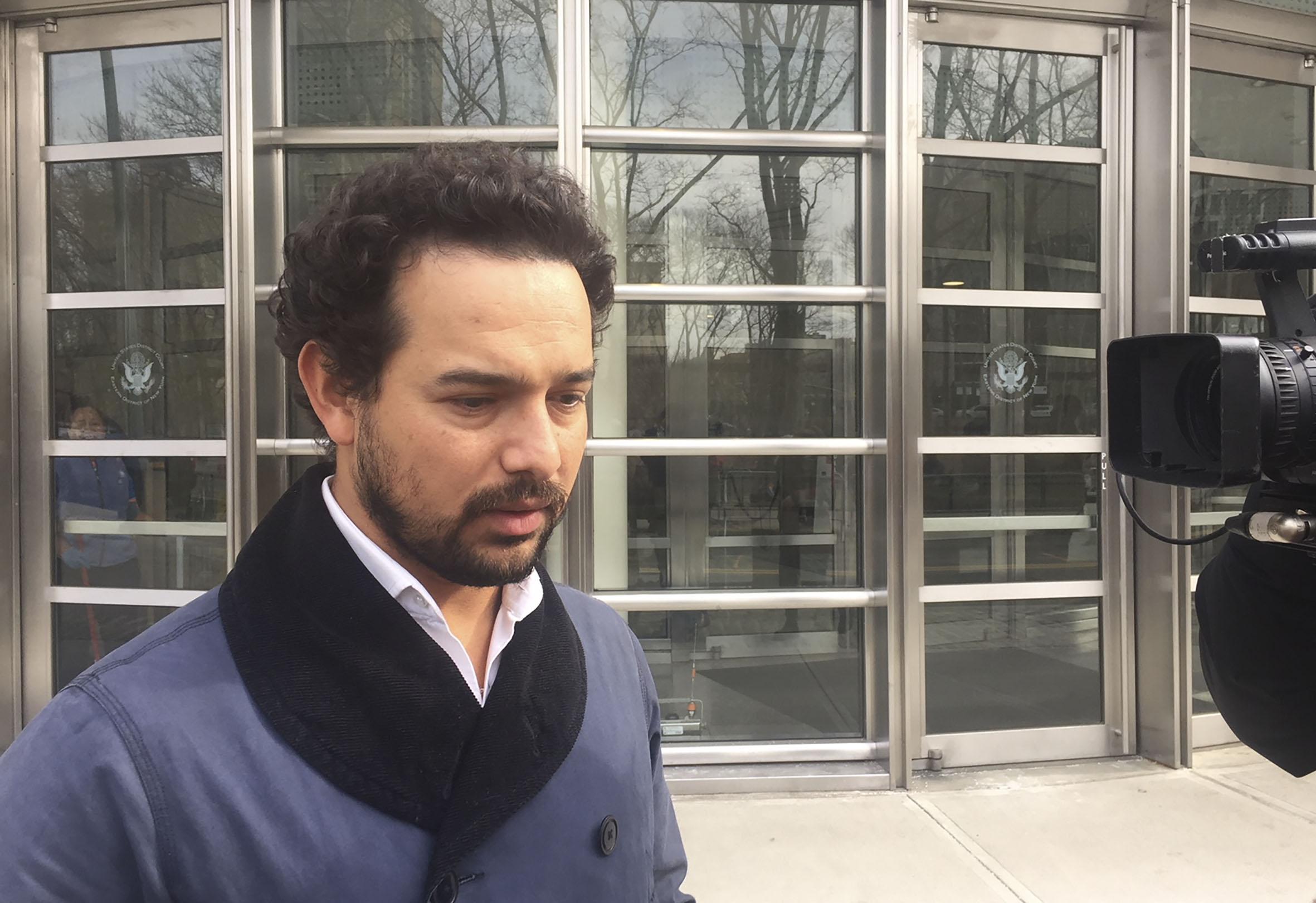 Actor mexicano Alejandro Edda, quien encarna al Chapo en la serie de Narcos, de Netflix.