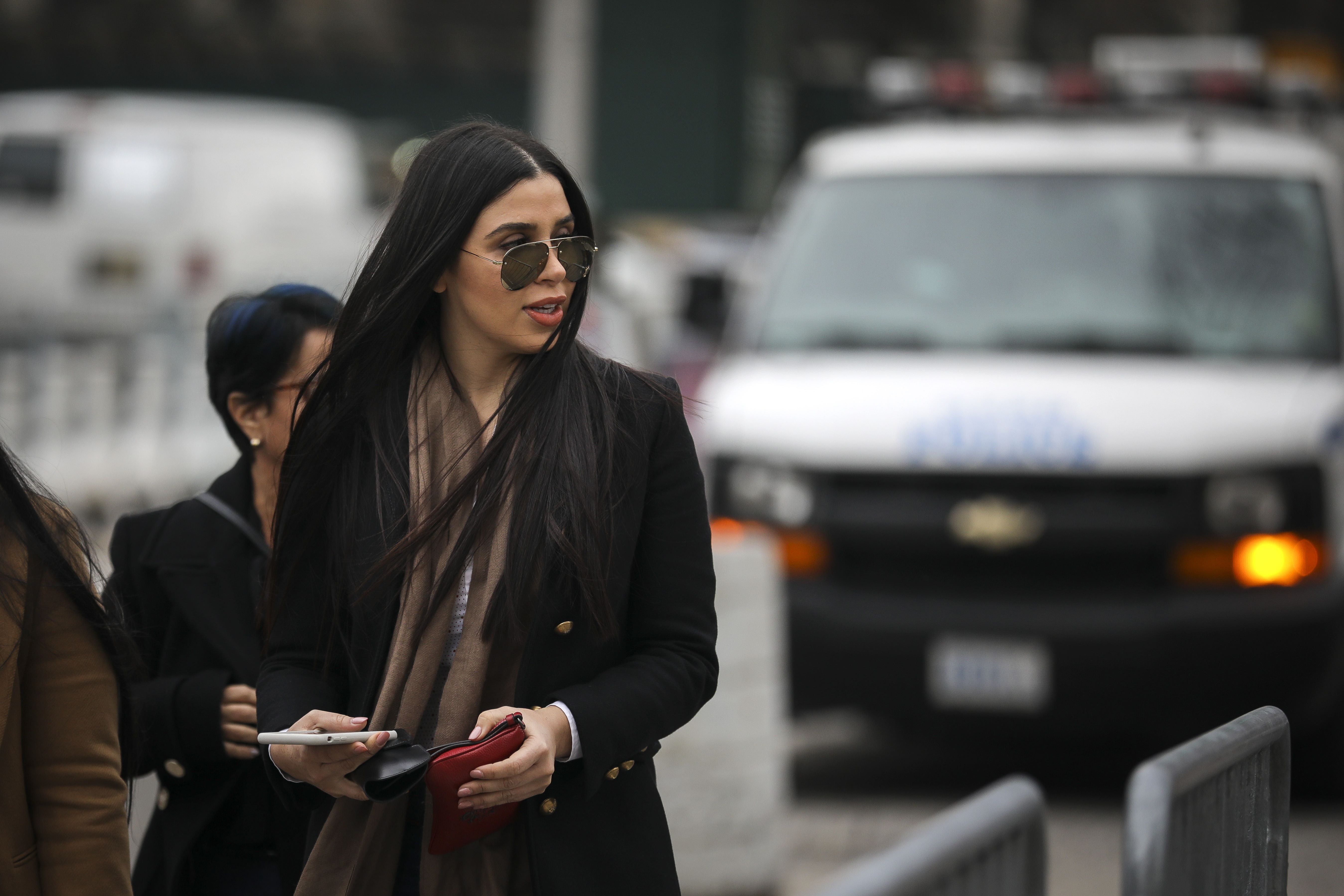 Un testigo incriminó a la esposa del Chapo, Emma Coronel, en una de sus fugas de un penal. (Foto Prensa Libre: AFP)