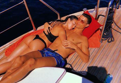 Georgina Rodríguez y Cristiano Ronaldo disfrutan de un descanso. (Foto Prensa Libre: Instagram @georginagio)