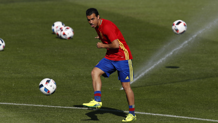 El delantero español, Pedro Rodríguez volverá a vestir la camisola de la selección española. (Foto Prensa Libre: AP)