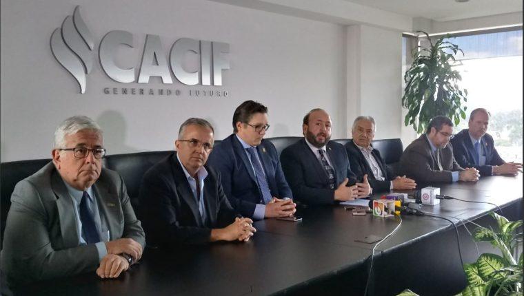 Directivos de Cacif afirmaron que el freno de operaciones de la Minera San Rafael repercute en el clima de inversión del país. (Foto Prensa Libre: Cortesía)