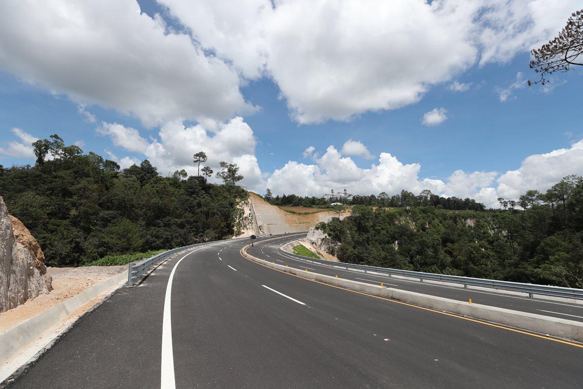 La mayoría del libramiento de Chimaltenango ya está asfaltado. (Foto Prensa Libre: Hemeroteca PL)