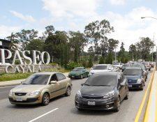 Los residentes de zona 16 se quejan por el tránsito que genera el nuevo viaducto, en las cercanías de Paseo Cayalá. (Foto Prensa Libre: Paulo Raquec)
