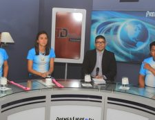 Anthony Vásquez, Melissa Morales y Andrea Weedon durante La Entrevista TD, en Prensa Libre TV. (Foto Prensa Libre: Carlos Vicente)