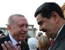 Maduro viajó a Turquía en julio para asistir a la toma de poder del presidente turco. (GETTY IMAGES)