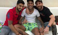 Esta es la imagen que Leo Messi compartió en Instagram, junto a Luis Suárez y Neymar. (Foto Prensa Libre: @leomessi)
