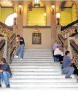 El rubro de salarios para los burócratas consume una parte importante del funcionamiento del proyecto de presupuesto del 2019. (Foto Prensa Libre: Hemeroteca PL)