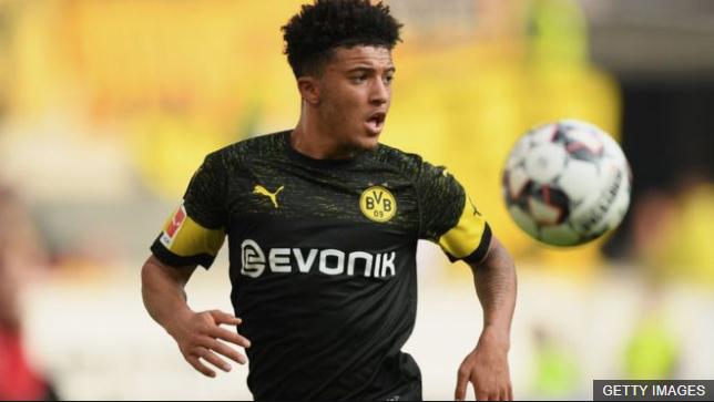Sancho, quien llegó al Borussia Dortmund en 2017 con 17 años, es el máximo asistente de la Bundesliga alemana. (Foto Prensa Libre: BBC News Mundo)