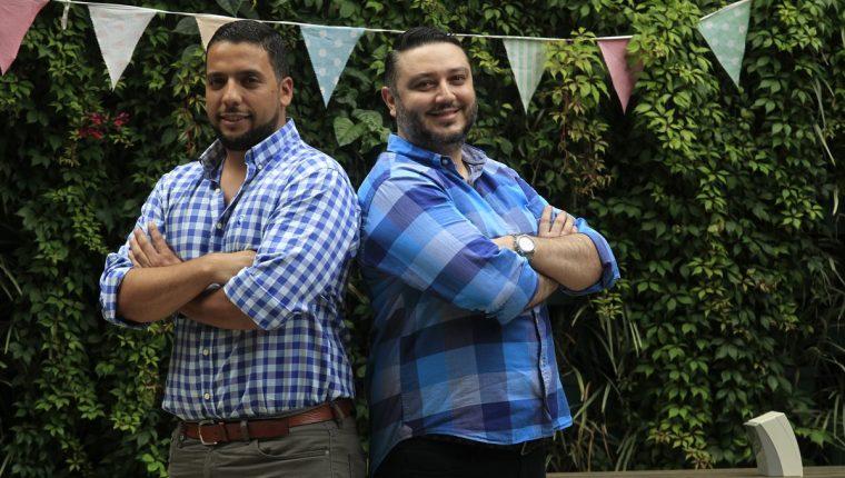 José Guillermo Pérez Hernández, de 35 años, y Juan Luis Anleu Morales, 39, fusionaron ideas para crear el servicio de limpieza a domicilio. (Foto Prensa Libre: Carlos Hernández)