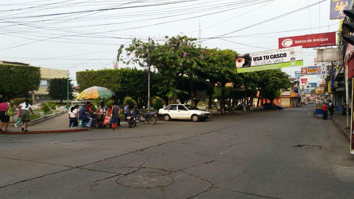 Vecinos de Coatepeque, Quetzaltenango, reportan que fue sensible el sismo. (Foto Prensa Libre: Alexánder Coyoy)