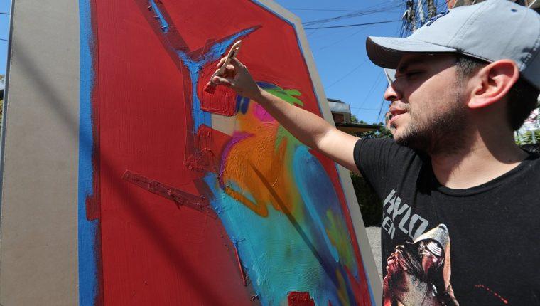 Artistas usaron el arte para hacer un llamado a rechazar la violencia. (Foto Prensa Libre: Érick Ávila).
