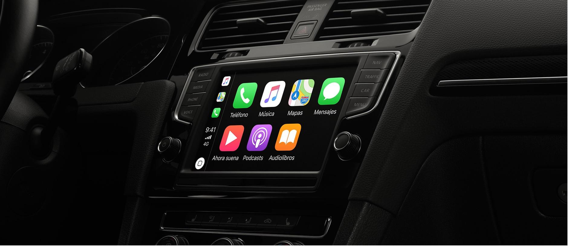 Las aplicaciones para vehículo le brindan la posibilidad acceder a su teléfono de forma segura mientras conduce. (Foto Prensa Libe: Apple.com)