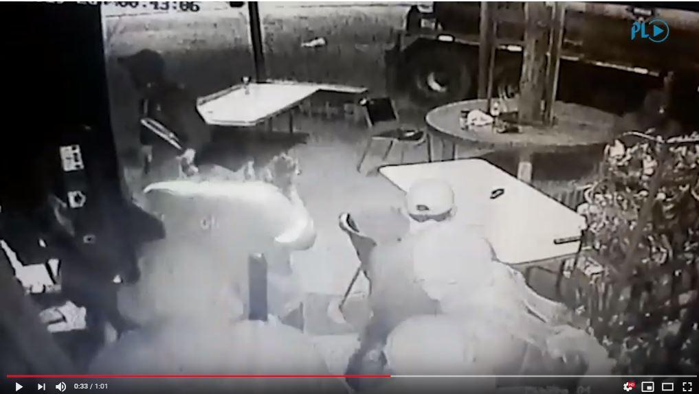 Cámara graba asalto a gasolinera en Morales, Izabal.