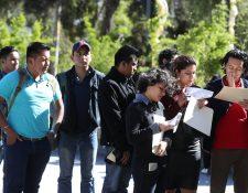 Honduras y Guatemala, fueron los países que sufrieron las mayores caídas de salarios del 5.4% y del 5.2%, respectivamente, según la OIT. (Foto Prensa Libre: Hemeroteca)