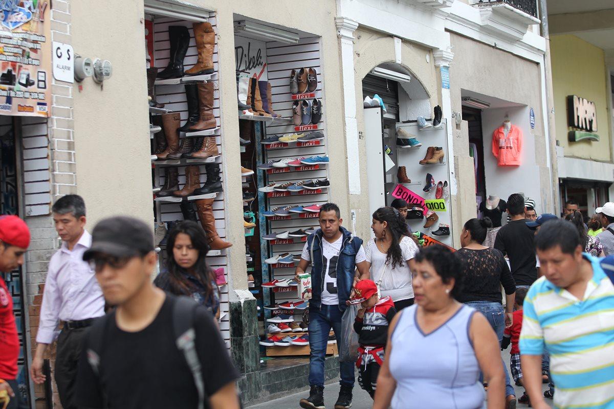 Guatemaltecos reconocen rezago en desarrollo humano
