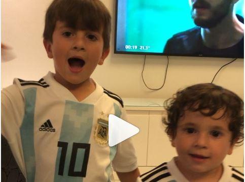 La tierna porra con la que los hijos de Messi alientan a Argentina
