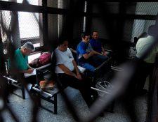 El proceso contra la banda dedicada al despojo de bienes inmuebles se inició hace tres años con las capturas de los implicados. (Foto Prensa Libre: Paulo Raquec)