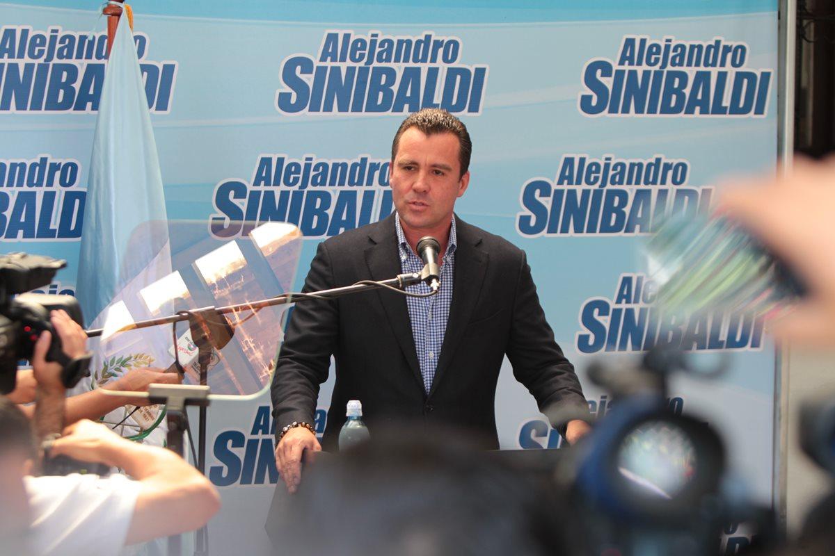 Alejandro Sinibaldi renunció al PP en 2015, luego de ser exprecandidato presidencial, exministro y exdiputado. (Foto Prensa Libre: Hemeroteca PL)