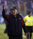 El técnico guatemalteco Wálter Claverí espera sellar su pase a semifinales en Antigua. (Foto Prensa Libre: Carlos Ventura)