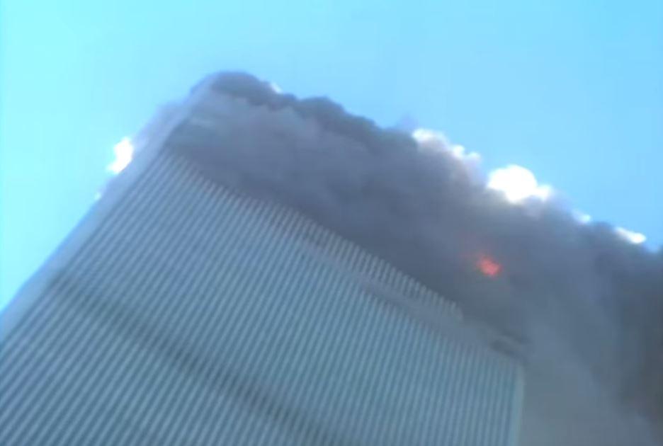 Aparece video inédito del momento preciso del desplome de una de las Torres Gemelas durante el 11S