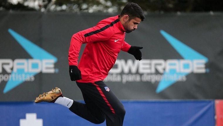 El delantero hispano brasileño Diego Costa, podría debutar mañana con el Atlético de Madrid. (Foto Prensa Libre: Twitter)