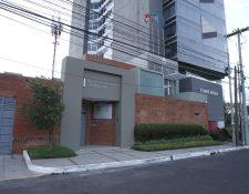 Oficinas en Guatemala del bufete panameño Mossack Fonseca, en la zona 13. (Foto Prensa Libre: Paulo Raquec)