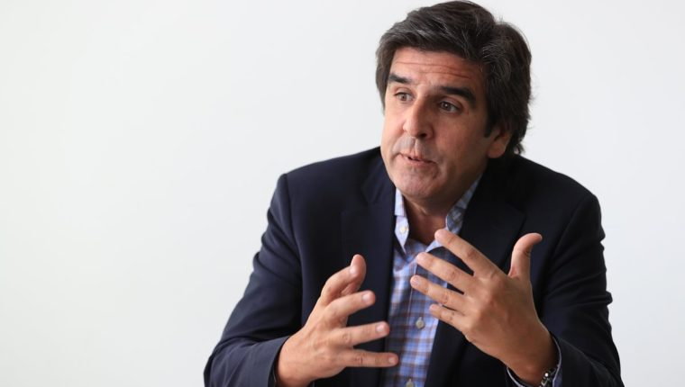 Martín Padulla, consultor argentino, en condiciones del futuro en el mercado laboral. (Foto, Prensa Libre: Carlos Hernández).