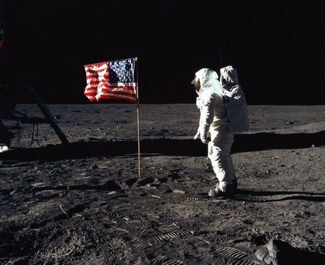 Buzz Aldrin quedó maravillado por la desolación de la Luna. FOTO: GETTY IMAGES