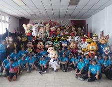 Integrantes del convite Original Santo Domingo Mixco, en su presentación del año pasado. (Foto Prensa Libre: Cortesía)