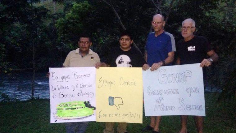 Afectados por el cierre de Semuc Champey piden que se agilice la revisión del sitio. (Foto Prensa Libre: Eduardo Sam Chun)