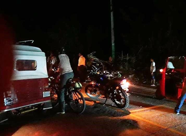 Los bloqueos son en apoyo a las manifestaciones de mañana en contra del Gobierno. (Foto Prensa Libre: Cortesía)