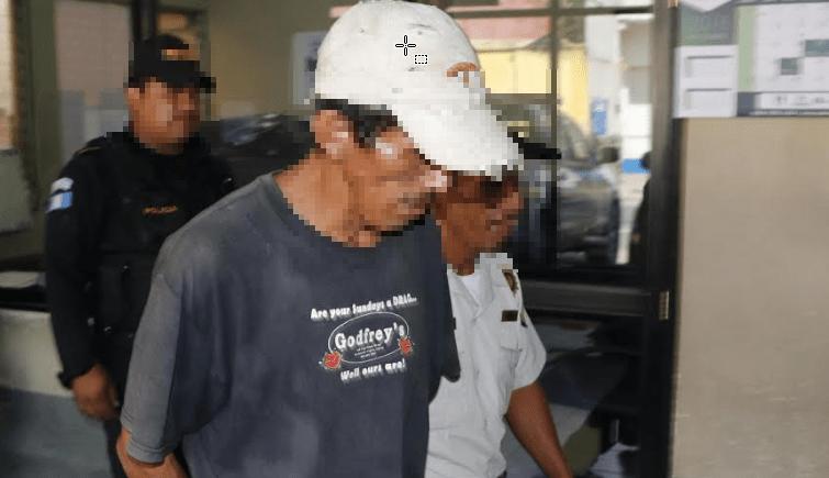 Mario Tut Ical es sindicado de haber dado muerte a machetazos a su esposa, en una comunidad de Chisec, Alta Verapaz. (Foto Prensa Libre: Auri Andersen)