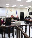 En el Juzgado de Mayor Riesgo de Quetzaltenango se reproduce el audio con la declaración del colaborador eficaz Jorge Palomo Leppe. (Foto Prensa Libre: Mynor Toc)