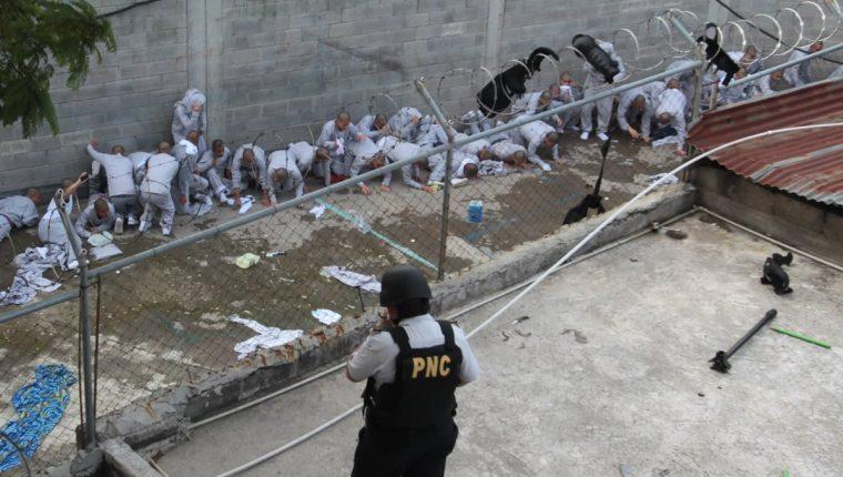 La mitad de la población al momento de la detención tenía entre 16 y 18 años. (Foto Prensa Libre: Hemeroteca PL)