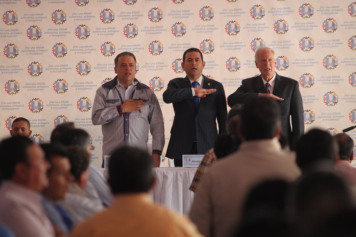 Jimmy Morales retomará gabinetes en departamentos; alcaldes darán respaldo