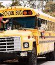 Según la SAT uno de los cobros que realizan colegios sin emitir factura es el servicio de transporte escolar. (Foto Prensa Libre: Hemeroteca)