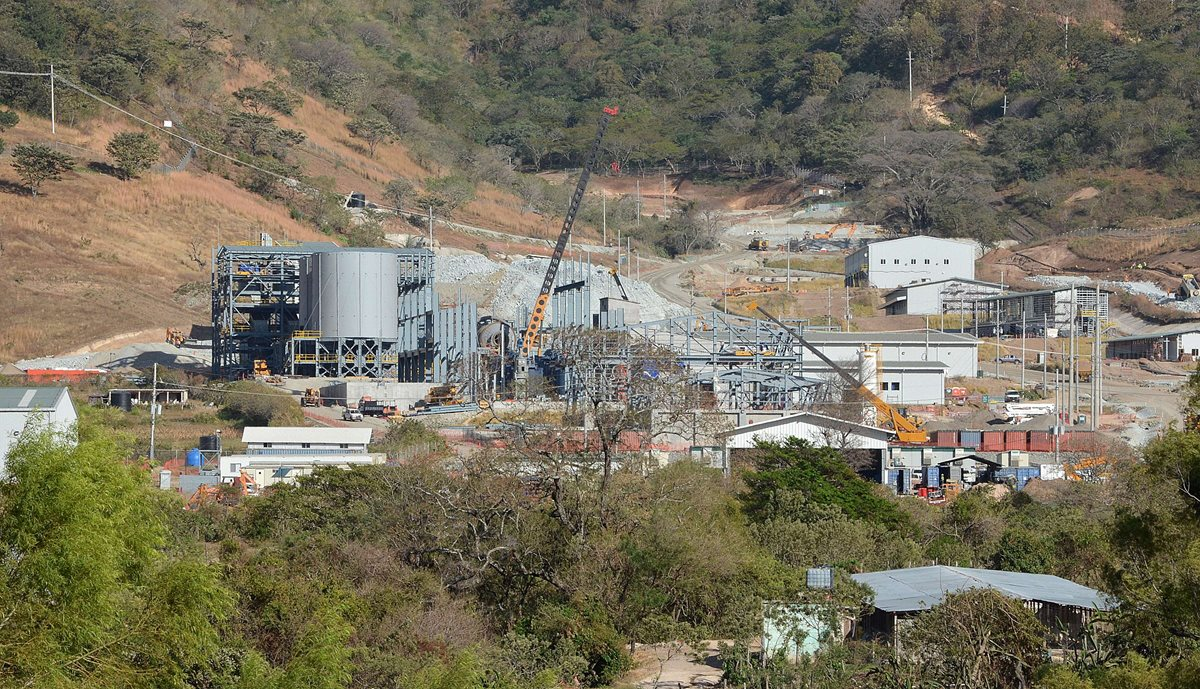 CSJ ordena consulta a pueblo xinca y permite operar a Minera San Rafael