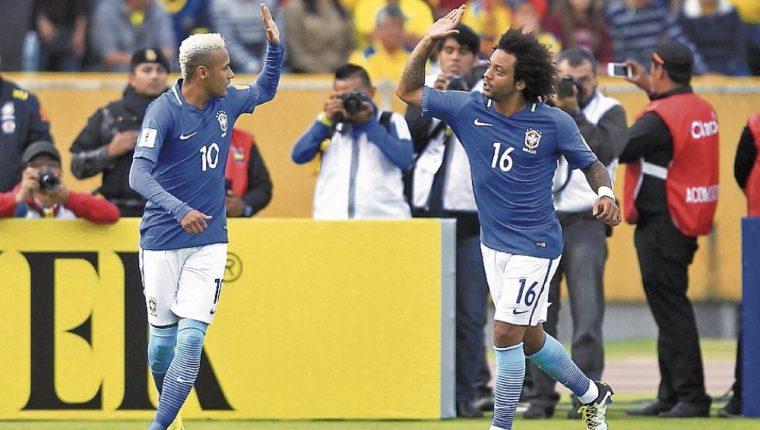 Neymar y Marcelo además de ser compañeros en la Selección brasileña son buenos amigos. (Foto Prensa Libre: Hemeroteca PL)