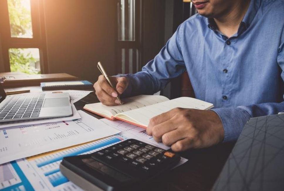 Una de las recomendaciones de contadores y auditores es preparar un plan anual o calendario para evitar posibles multas o sanciones. (Foto, Prensa Libre: Hemeroteca PL).