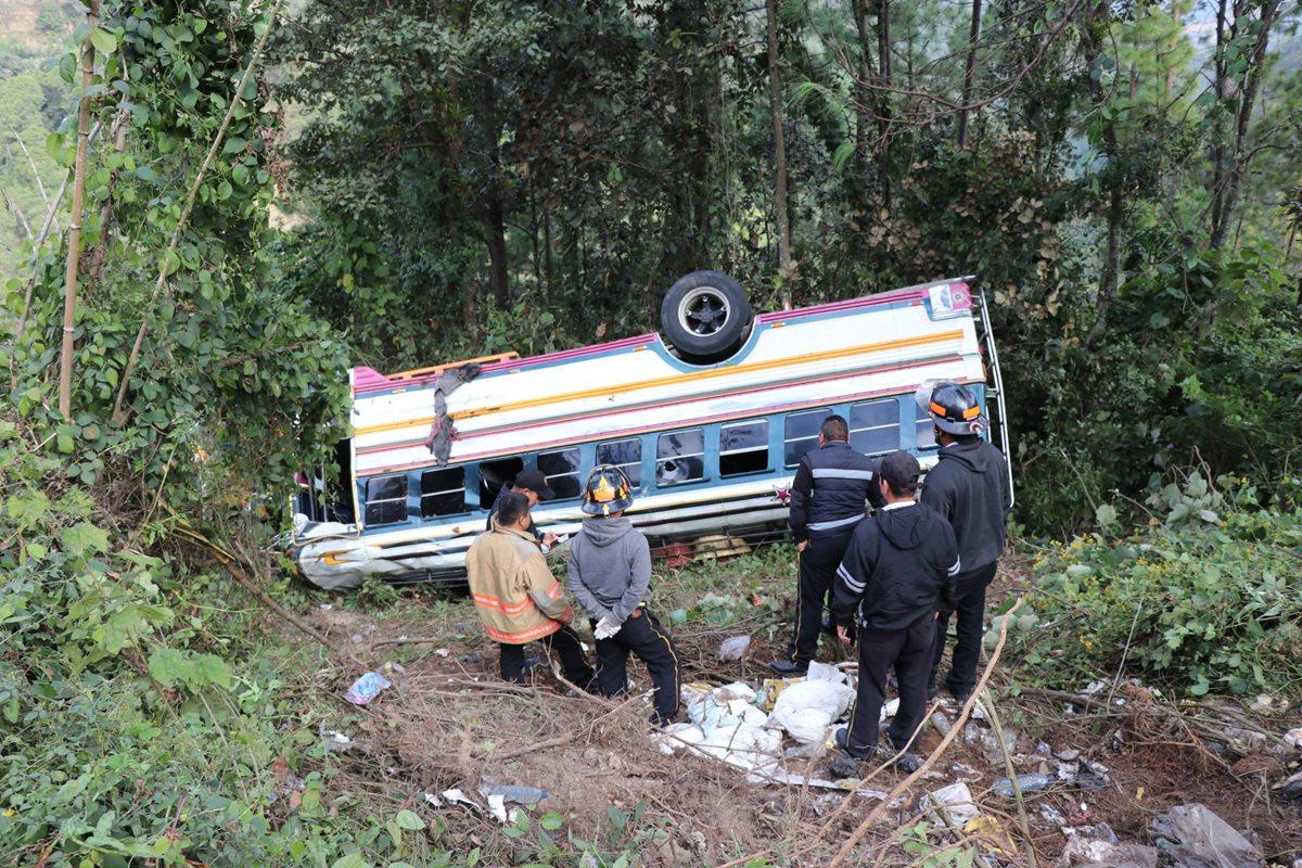 Tres accidentes se registraron en una semana en la ruta, con el saldo de una persona muerta. (Foto: Prensa Libre: Héctor Cordero).