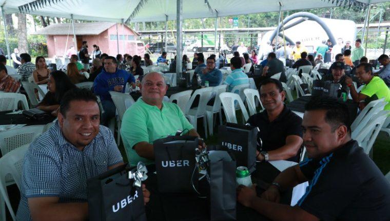 Pilotos mejor calificados de Uber, son premiados por su labor en el transporte de pasajeros. (Foto Prensa Libre: Hemeroteca PL)