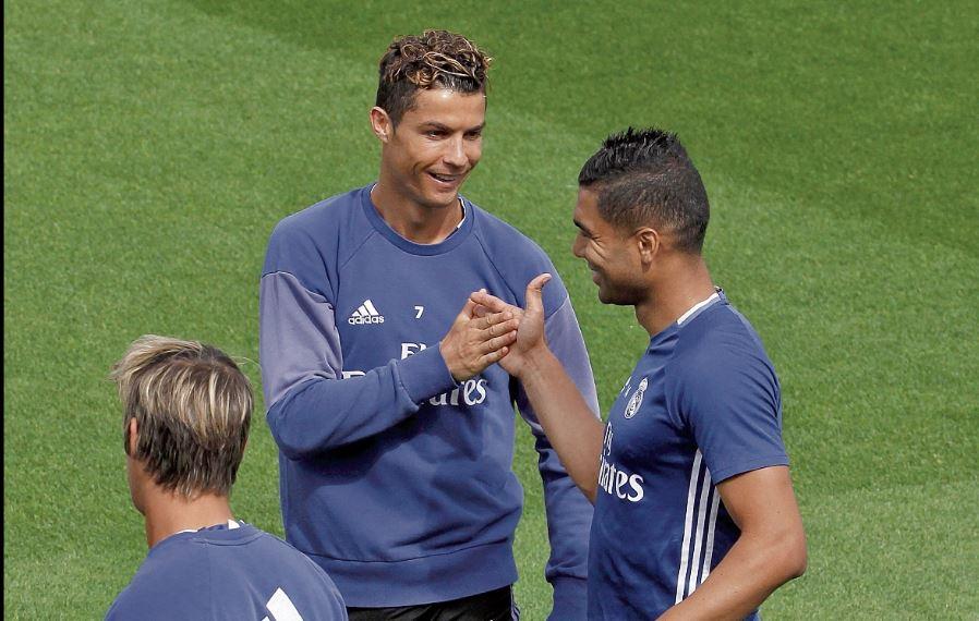 Casemiro espera que Cristiano continúe con el Real Madrid. (Foto Prensa Libre: Hemeroteca PL)
