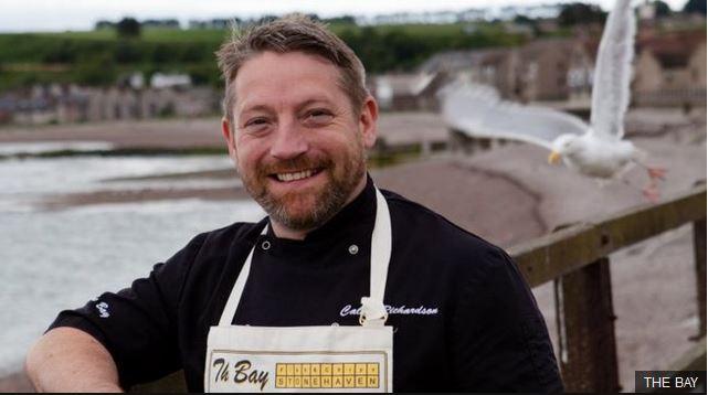 Calum Richardson eliminó el plástico de su restaurante. (THE BAY)