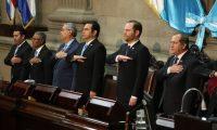 Álvaro Arzú Escobar, presidente del Congreso; Jimmy Morales, presidente de la República, en la sesión solemne. (Foto Prensa Libre: Esbin García)