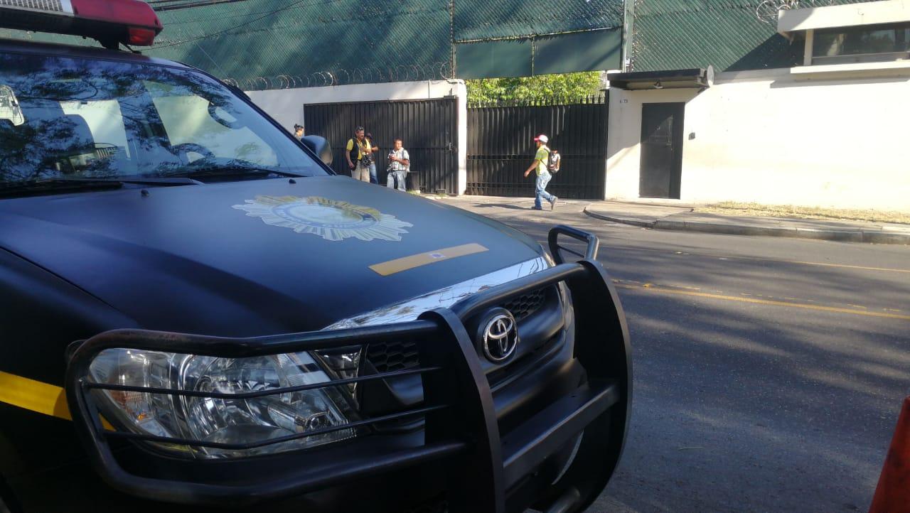 La PNC brindaba seguridad en las oficinas de la Cicig, como parte del convenio. (Foto Prensa Libre: Érick Ávila)