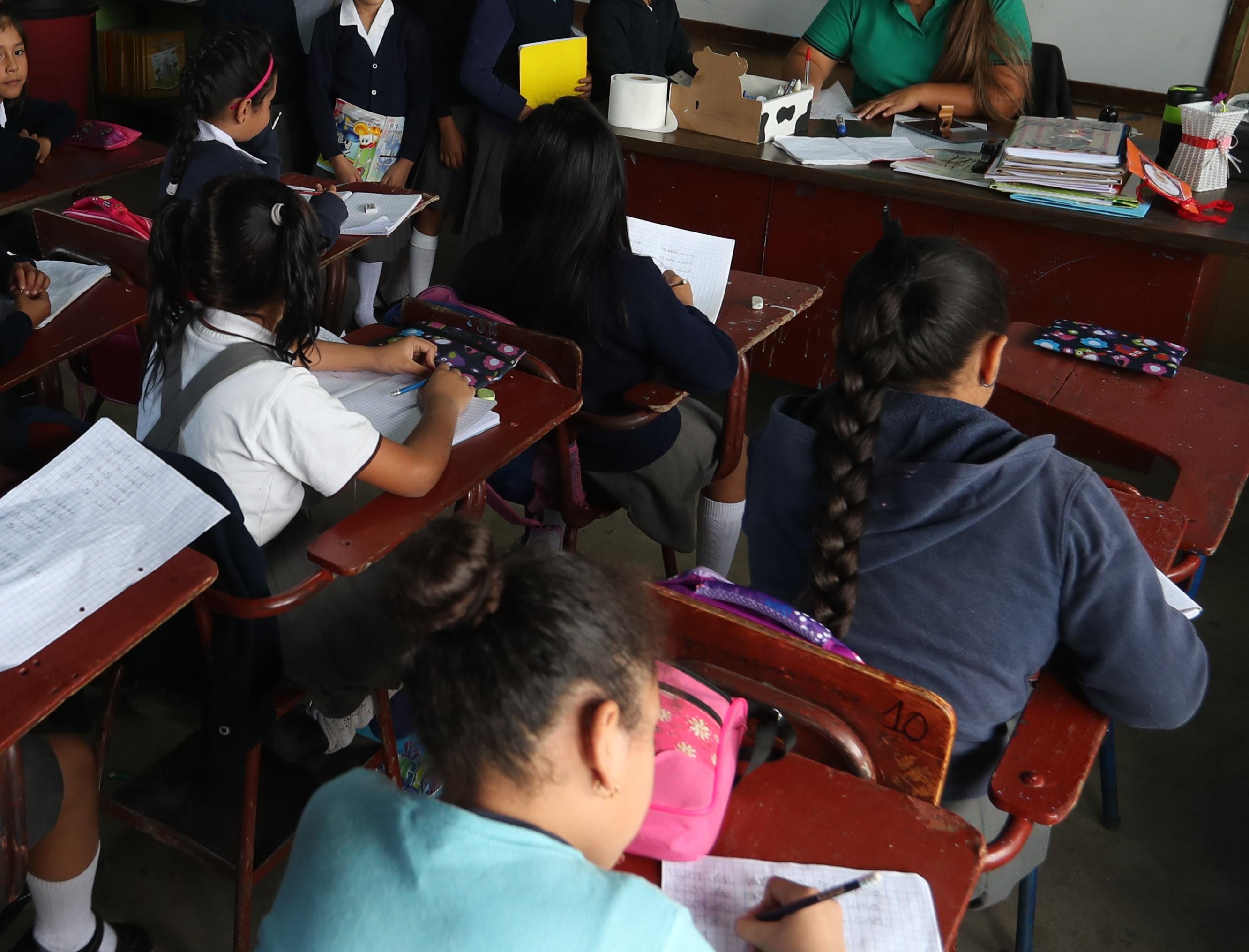 El Mineduc ha despedido a personal que no asiste a sus labores, muchos son docentes. (Foto Prensa Libre. Érick Ávila)