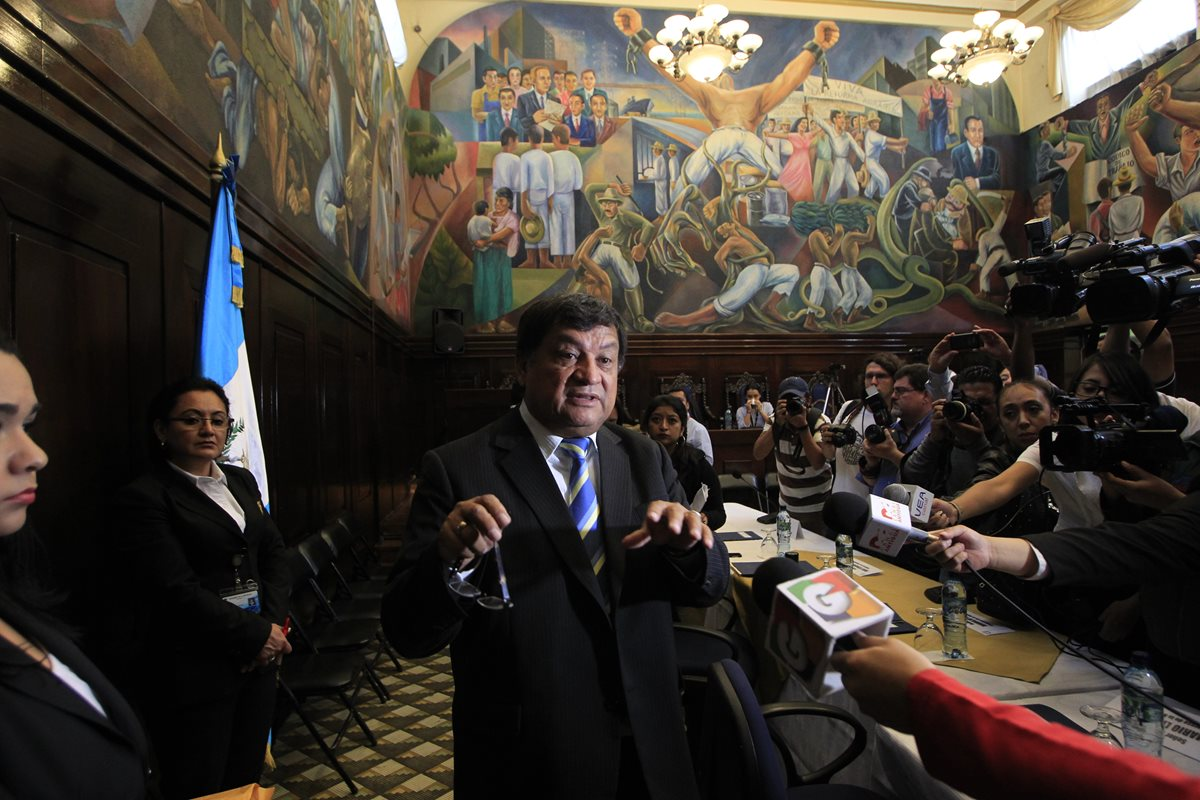 El exdiputado Baudilio Hichos está prófugo desde 2016 por el caso IGSS-Pisa-Chiquimula. (Foto Prensa Libre: Hemeroteca)