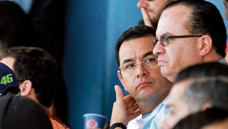 El presidente Jimmy Morales asistió a los encuentros de la eliminatoria que Guatemala sostuvo para el Mundial de Rusia 2018. (Foto Prensa Libre: Hemeroteca PL)