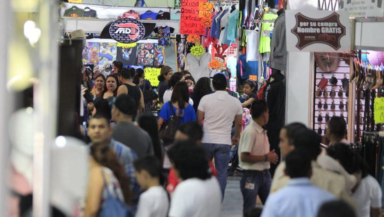 Al 30 de noviembre, la SAT logró una recaudación de Q49 mil 812.4 millones. (Foto Prensa Libre: Hemeroteca PL)