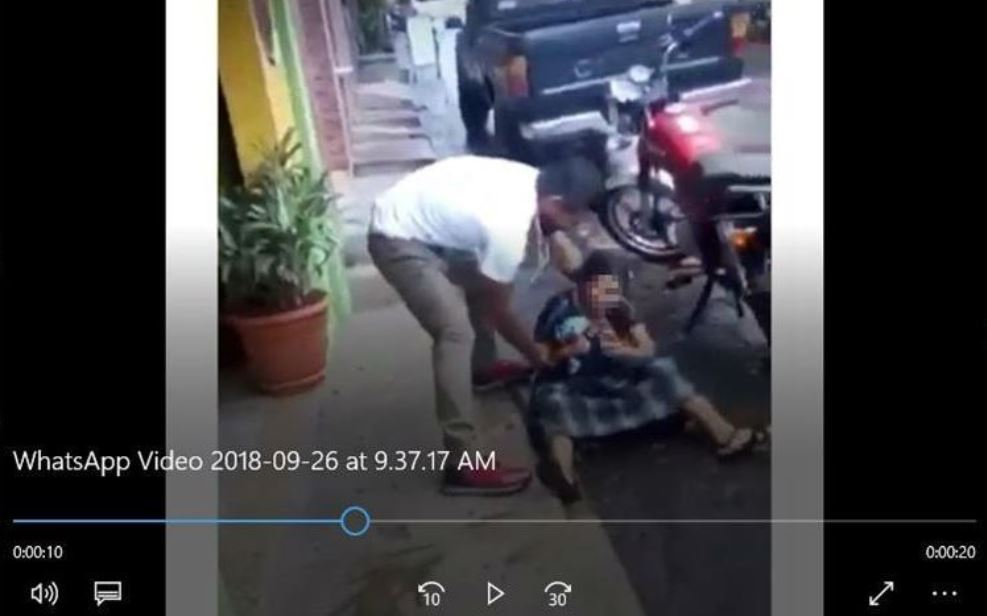 Video muestra cuando un hombre agrede a una señora en Santo Tomás La Unión, Suchitepéquez. (Foto Prensa Libre: Hemeroteca)